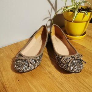 Matisse NWOT Olive Green Tweed Flats